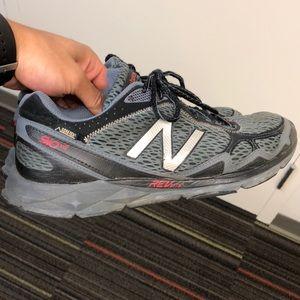 New Balance Trail Runners 910V2